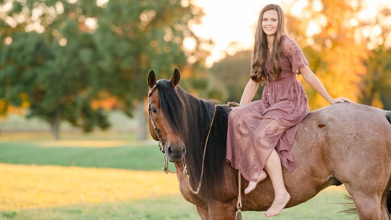 Gohorseshow The Do S And Don Ts Of Horse Show Fashion Photo Shoots Gohorseshow